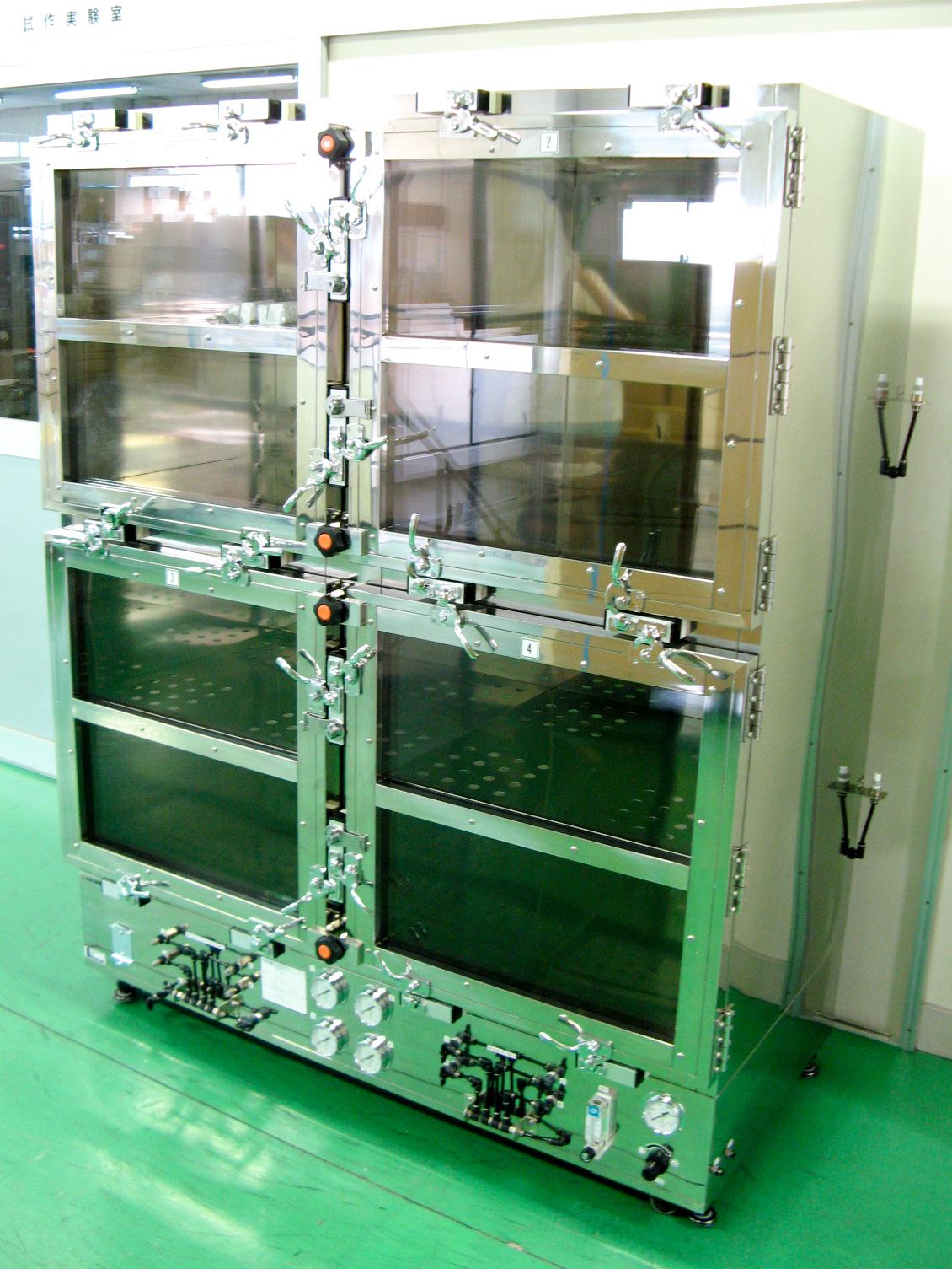 ステンレス製ガス置換デシケーター(4室独立型・高密閉型)